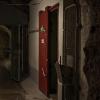 Dörr till befälsförläggning i underjorden