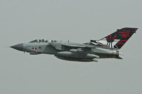 1200px-Panavia_Tornado_GR4_ZA412_(9404741524)