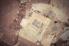 Rester av tidningar och fanertapeter. Foto Hans J, juli 2012.
